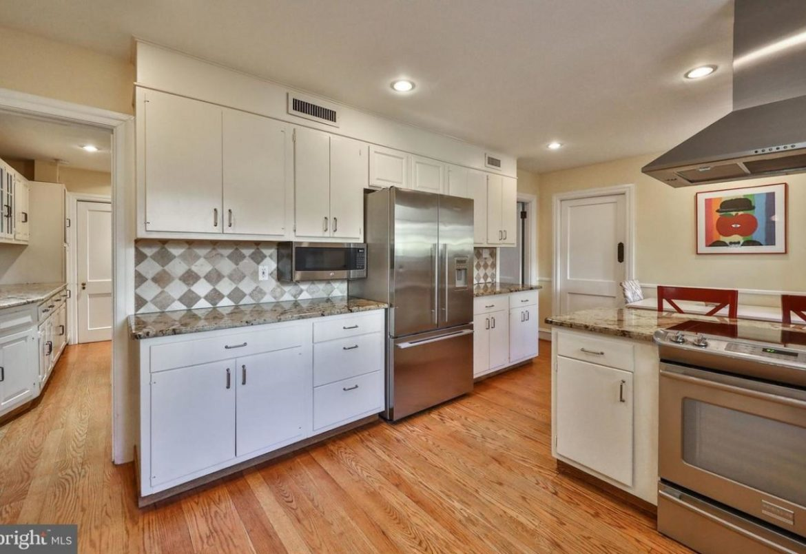 Jenkintown kitchen before remodeling