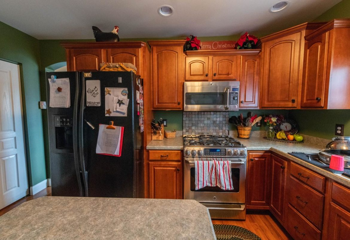 Phoenixville kitchen before remodeling