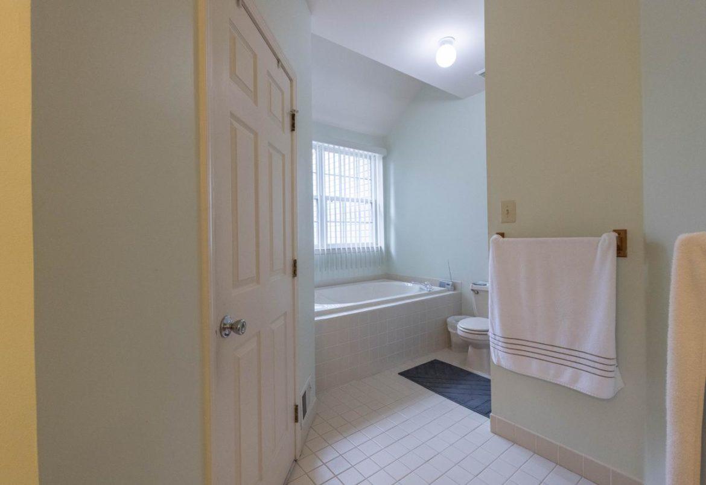 Warrington master bath before remodeling